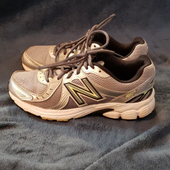 New Balance Shoes - Women's New Balance Sneakers